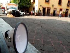 Espacios Públicos : Espacios de Escucha - Intervención no. 2 - 6
