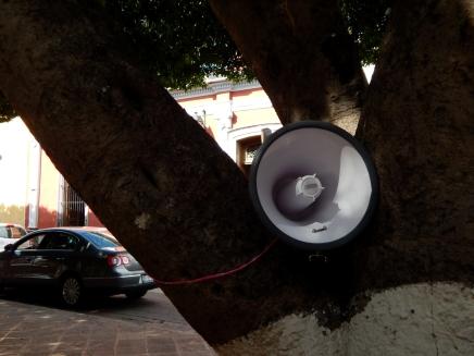 Espacios Públicos : Espacios de Escucha - Intervención no. 5 - 2